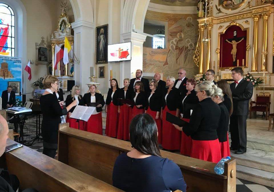 Występ Chóru Cantamus na IX Festiwalu Piosenki w Świedziebni