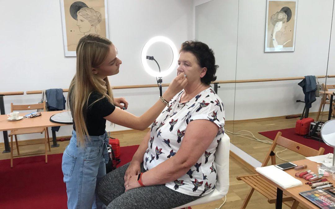Warsztaty makijażu dla seniorek